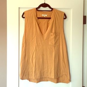 Madewell easygoing muscle tee (distressed mustard)